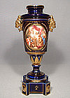 ANTIQUE ROYAL VIENNA PORCELAIN VASE, 19th CENTURY