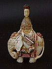 Chinese carved Ivory snuff bottle Elephant and Empress