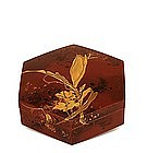 Meiji Japanese Makie Lacquer Box Wasp Flower