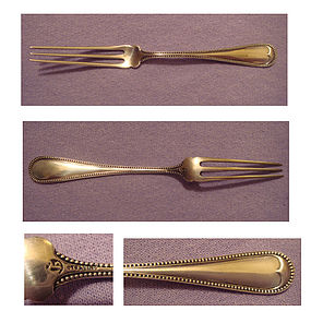 GOOD DURGIN STERLING STRAWBERRY FORK, 'BEAD'