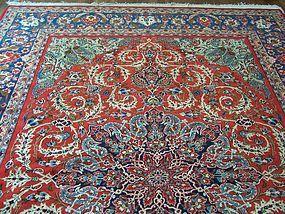 A Beautiful Vintage Persian Rug Circa 1925-50, Isfahan