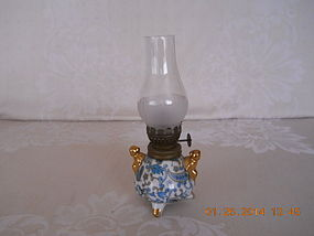 LEFTON BLUE PAISLEY  PATTERN OIL LAMP
