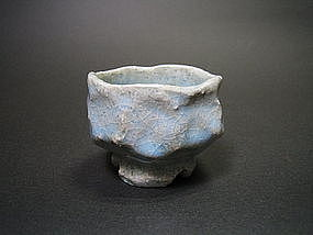 Blue Hagi Guinomi by Notomi Susumu