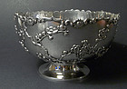 A fine silver bowl, by Master Sing Fat. Early 20th cent. Weight: 432 g