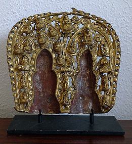 A extremely rare Mandorla for use in double images. Tibet, 15/16th c