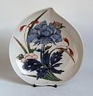 Rare Ko Imari Peach shaped Peony Pattern Dish c.1730