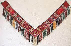 A Lakai Uzbek saye gosha - early to mid 20th century