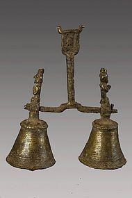 Double shamanic bell, bronze n°16, Himalaya, Nepal