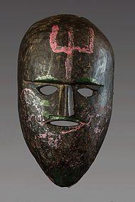 Black patina primitive himalayan mask, Himalaya, Nepal