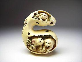 Japanese Antique Gourd Dog Zodiac Netsuke Okimono Statue Art