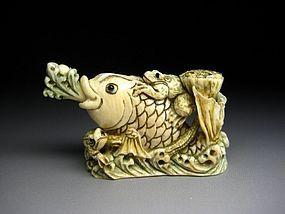 Japanese Antique Cabbage Frog Koi Fish Netsuke Okimono Statue Art