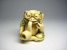 Japanese Antique Toad Frog Netsuke Okimono Statue Art