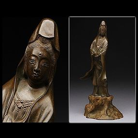 Japanese Bronze Jizai Kannon Statue Okimono Objet Art Signed with Box