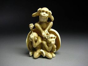 Japanese Zoge Ivory Mammoth Luck Zodiac Three Monkeys Okimono Netsuke