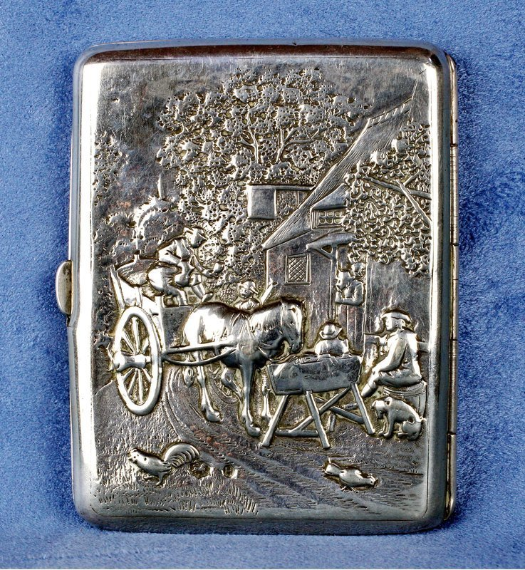 1917 Traditional Dutch Solid Silver Embossed Cigarette Card Case