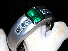 18K. Solid White Gold Ring w. Emerald & Diamonds