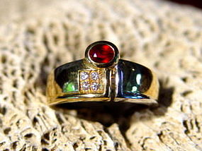 Solid 2-Tone 18K. Gold Ring with Ruby & Diamonds