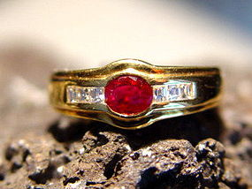 Solid 18K. Gold Ring set with Genuine Ruby-Diamonds