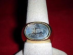 18K. INTAGLIO PYU Ancient Carved Deer Agate SEAL RING