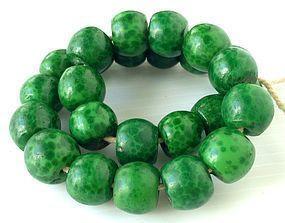 Antique QING Peking Glass Green Leopard Guru Beads