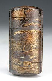 ANTIQUE JAPANESE GOLD LACQUER 6-CASE INRO WITH LOW RELIEF DUCKS