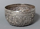 LARGE THAI SILVER OFFERING BOWL WITH RELIEF DECOR, 19TH CENTURY