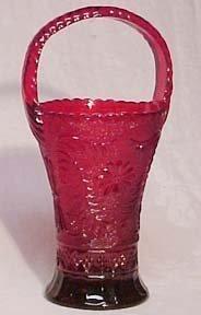 Indiana Tiara Red Sandwich Basket