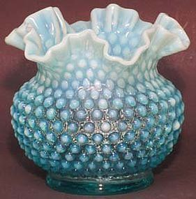 """Fenton Blue Opalescent Hobnail 5.5"""" Squat Vase"""