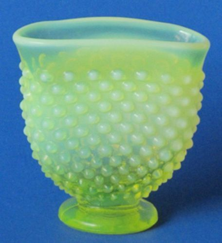 Fenton Topaz Hobnail Mini Fan Vase