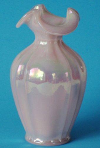 """Fenton Shell Pink Irridized 8"""" Vase"""