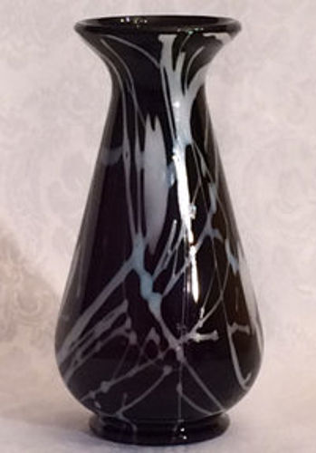 "Fenton Hanging Heart Vase, 8.5"" Black & White"