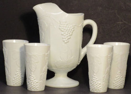 Indiana Colony Harvest with Grapes Pitcher w/6 Tumblers, Milkglass
