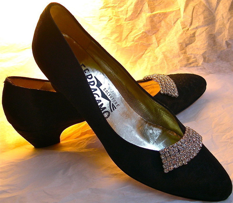 NWOB Ferragamo Black Fabric Leather Shoes Vintage Musi Clips