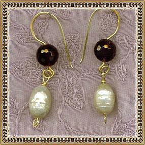 14K Gold Earrings Amethyst Ivory Pearls Drop