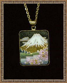 Ceramic Enamel Necklace Marked Toshikane Japan