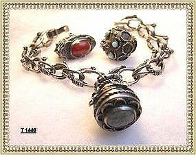 Vintage 800 Silver Unsigned Peruzzi Bracelet & Charm