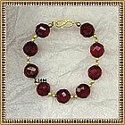 18K Cherry Red Bracelet Faceted 14mm Beads