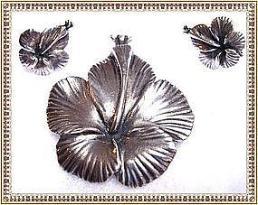 Vintage Ming's of Honolulu Sterling Hibiscus Floral Pin Set