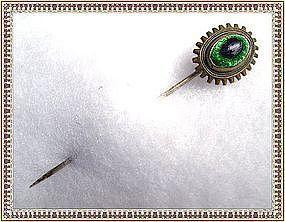 Vintage Edwardian Peacock Eye Art Glass Stick Pin