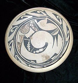 Hopi Pottery Vessel
