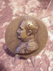 Napoleon bronze medallion