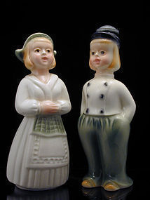 Dutch Boy and Girl Laundry Sprinkler/Wetter Downer