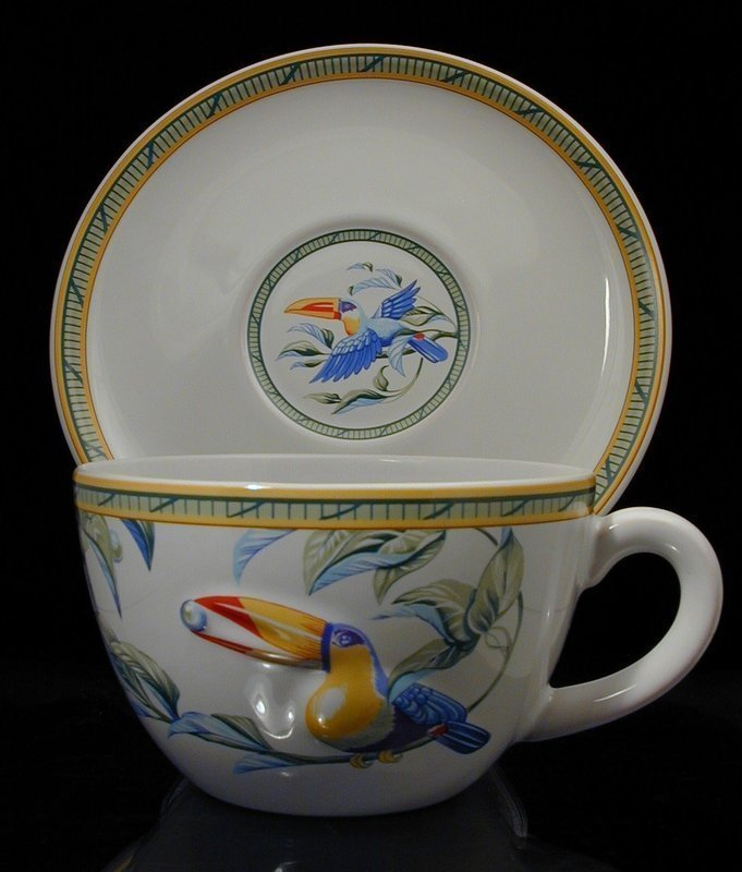 """Hermes """"Toucans"""" Moustiers Breakfast Cups with Saucers"""