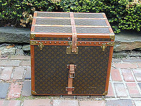 Rare Louis Vuitton Hat Trunk