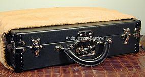 Louis Vuitton President Briefcase Taiga Leather