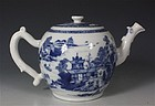 CHINESE BLUE AND WHITE TEAPOT QIANLONG C1770