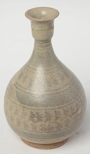 16th Century, Sukhothai Stoneware Vase with Design