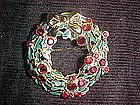 CHRISTMAS WREATH PIN W/ RUBY RHINESTONES & ENAMEL L.C