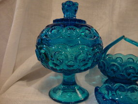 Colonial Blue Moon and Stars Covered Compote