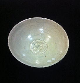Early Northern Sung ding type glaze  bowl